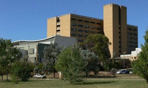 Canberra Hospital staff prevent fire from spreading