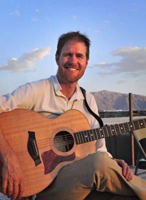 Singer-songwriter Fred Smith.