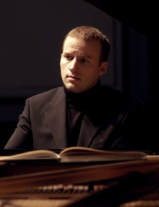 Pianist Daniel de Borah... gave his all to challenge and entertain.