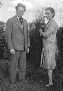 Marion Mahoney Griffin, right, with husband Walter.