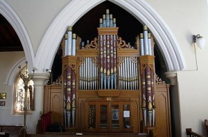 Rendall organ in St Andrew's