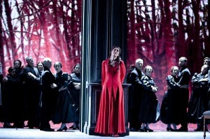 Nicole Car as Tatyana and Opera Australia Chorus, photo Lisa Tomasetti