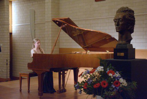 Friends of Chopin - Olivia Urbaniak recital.  Olivia Urbaniak.