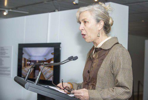 Anne Zahalka