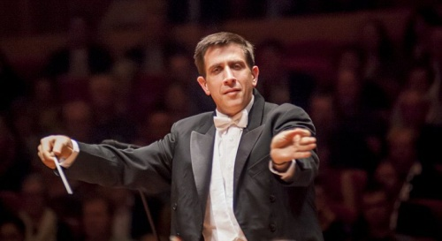 Conductor Nicholas Milton