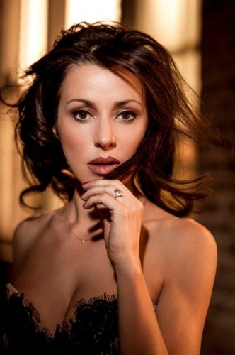 Singer Tina Arena… standing up against the institutionalised dumbing down of popular music.