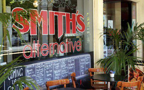 smiths alternative
