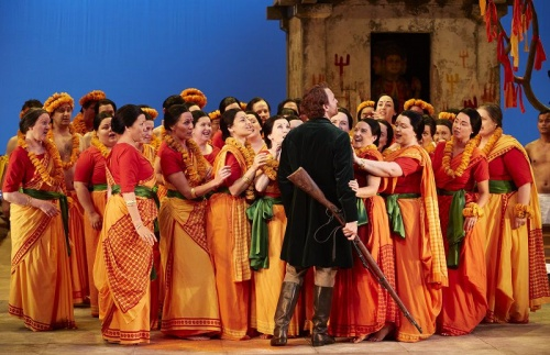 Pavol Breslik (Nadir) and the Opera Australia Chorus in The Pearlfishers. Photo credit: Keith Saunders