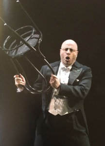 Count Walter played by American bass Raymond Aceto