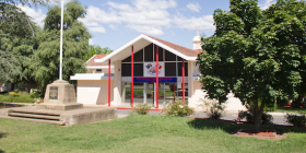 telopea_park_school_in_barton_1