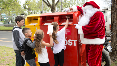 Canberra confidential santa gives kids the finger canberra citynews santa resists the opportunity of accepting letters from children spiritdancerdesigns Gallery