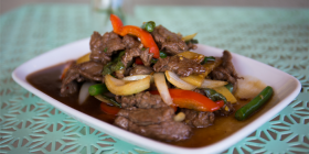 pad-krapow-with-beef-3
