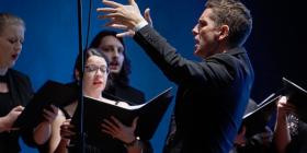 Gordon Hamilton conducting. Photo by Peter Hislop