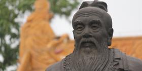 Confucius Sculpture, Nanjing at Confucian Temple Area (Fuzi Miao).  Photo by Kevin Smith