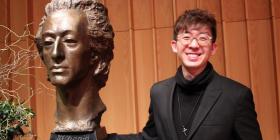 Winner of the Australian International Chopin Piano Competition. Edwin Kim.