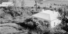 The original homestead. 'Heide viewed from the trees' c.1949, Estate of John Sinclair, reproduced courtesy of Jean Langley. Photograph by John Sinclair