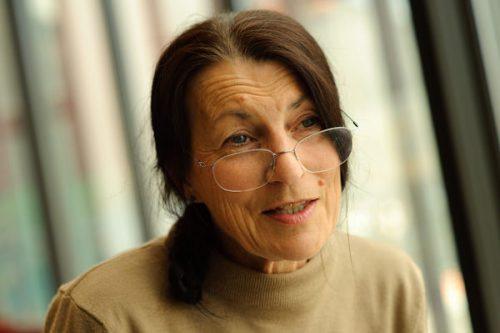 Dr Maxine Cooper