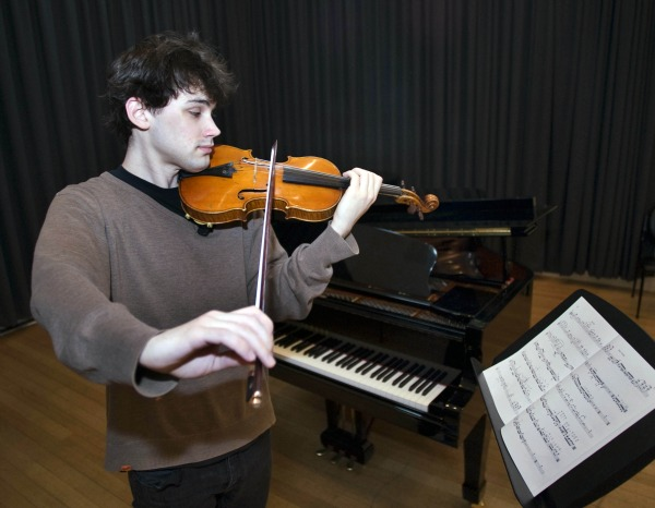 Violinist Kristian Winther. Photo by Kirsty Umback