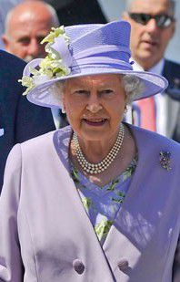 Order of Australia: Locals honored by the Queen