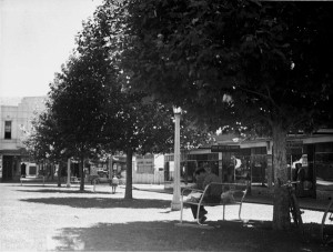 An ACT Heritage Library photo of The Lawns at Manuka, when they were still lawns.