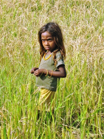 Little girl of the fields, Nunara River
