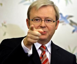 Prime Minister Kevin Rudd has decided to cut 800 public service jobs, mostly in Canberra.