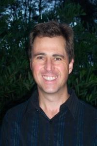 Bruce Hoogendoorn… directing.