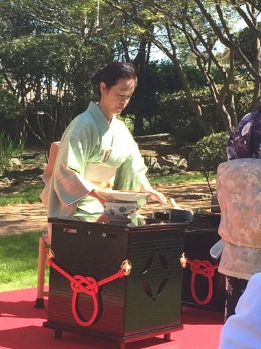"The tea ceremony - ""a comprehensive art"""
