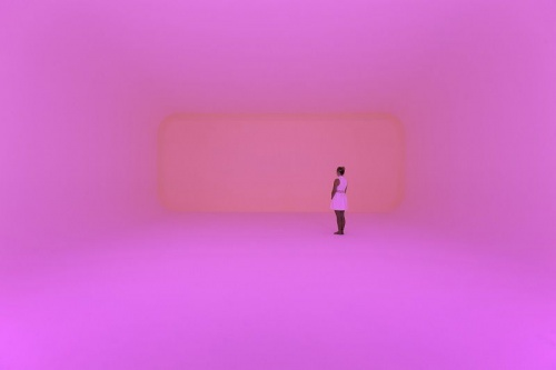James Turrell Virtuality squared 2014 Ganzfeld: built space, LED lights