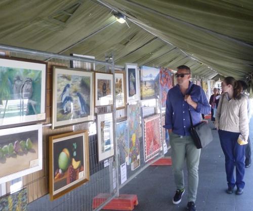 QAS Charity Art Show in City Walk