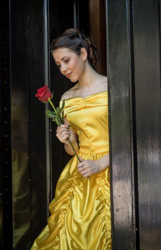 Kaitlin Nihill as Belle