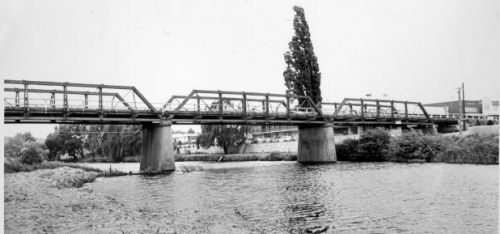 The bridge that spanned the Queanbeyan River before the new structure erected in 1975.