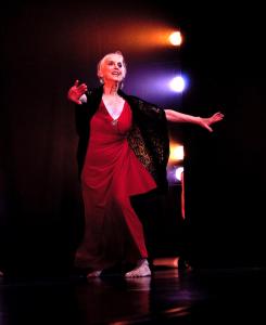 "Elizabeth-Cameron-Dalman… ""Swan Lake"" calls in Europe. Photo by Barbie Robinson"
