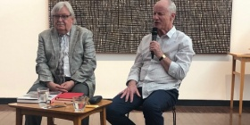 L to R, Maloon  and O'Halloran in conversation