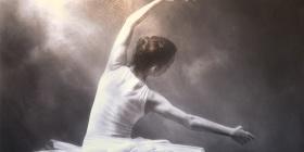 'Light Moves' by Gordon Hanley