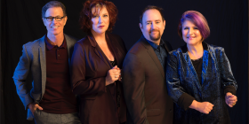 The Manhattan Transfer, from left, Alan Paul, Cheryl Bentyne, Trist Curless and Janis Siegel. Photo: John Abbott