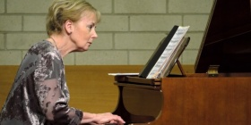 Penelope Thwaites playing Chopin. Photo: Peter Hislop