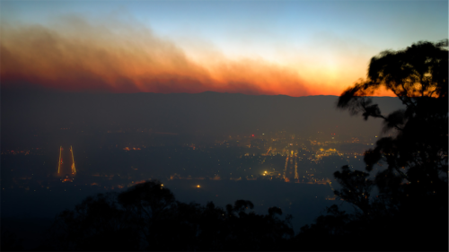 Heavy smoke fills the air, but no fires in Canberra ...